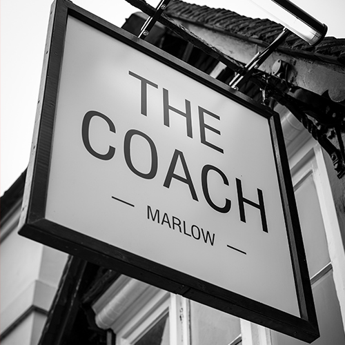 THE COACH / MARLOW