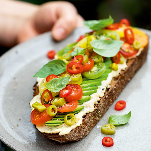 CHILLI AVOCADO TOAST
