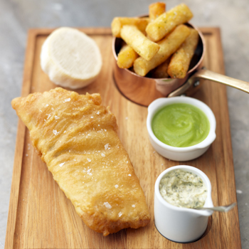 FISH AND CHIPS WITH PEA PUREE AND TARTARE SAUCE